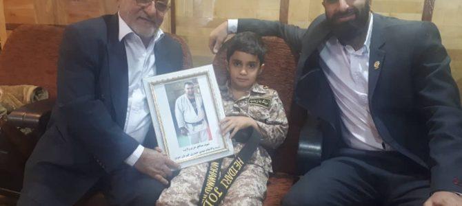 تقدیر از فرزند شهید مدافع حرم