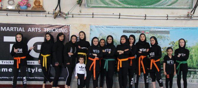 تریکینگ دختران – تهران